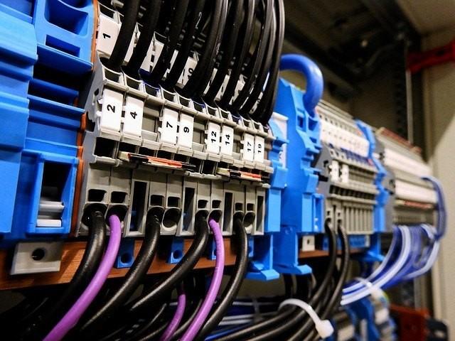 Electricistas urgentes 24h Badalona